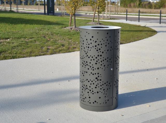 Top Poubelle à Porte Latérale En Inox Et Acier - Design Espaces  MD14