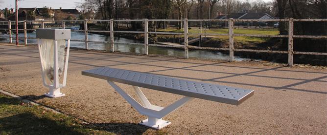 Banc Extérieur Ville Assise Bois Support Métal Design Espaces